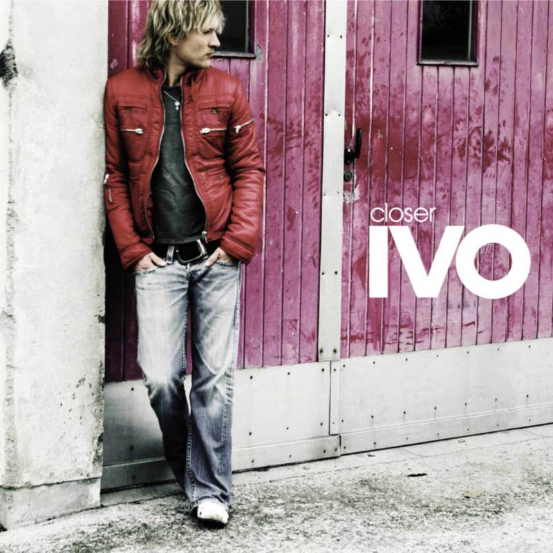 Ivo cover closer